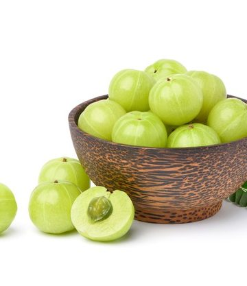 4 Best benefits of Amla for hair